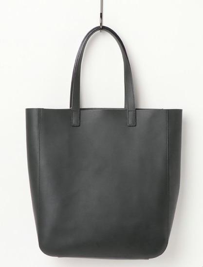 プライベートからビジネスまで使える、新年に欲しいレザーバッグを価格帯別にラインナップ! 7番目の画像