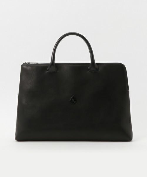 プライベートからビジネスまで使える、新年に欲しいレザーバッグを価格帯別にラインナップ! 9番目の画像