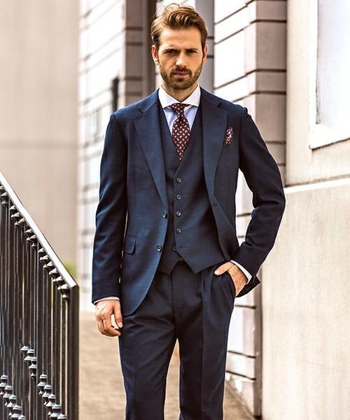 人気が再燃しつつある「スリーピーススーツ」:着こなしの基本マナーを知り、違いが分かる大人へ 3番目の画像