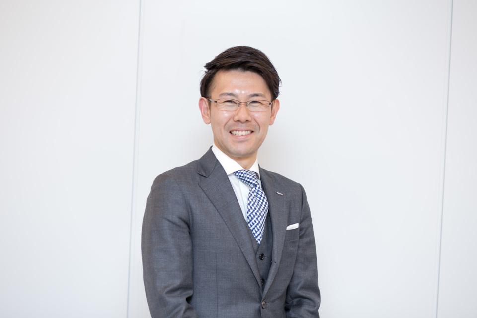 新卒営業マンが3万円からオーダーメイドスーツがつくれる「スマートテーラー」でビシっと大変身! 4番目の画像