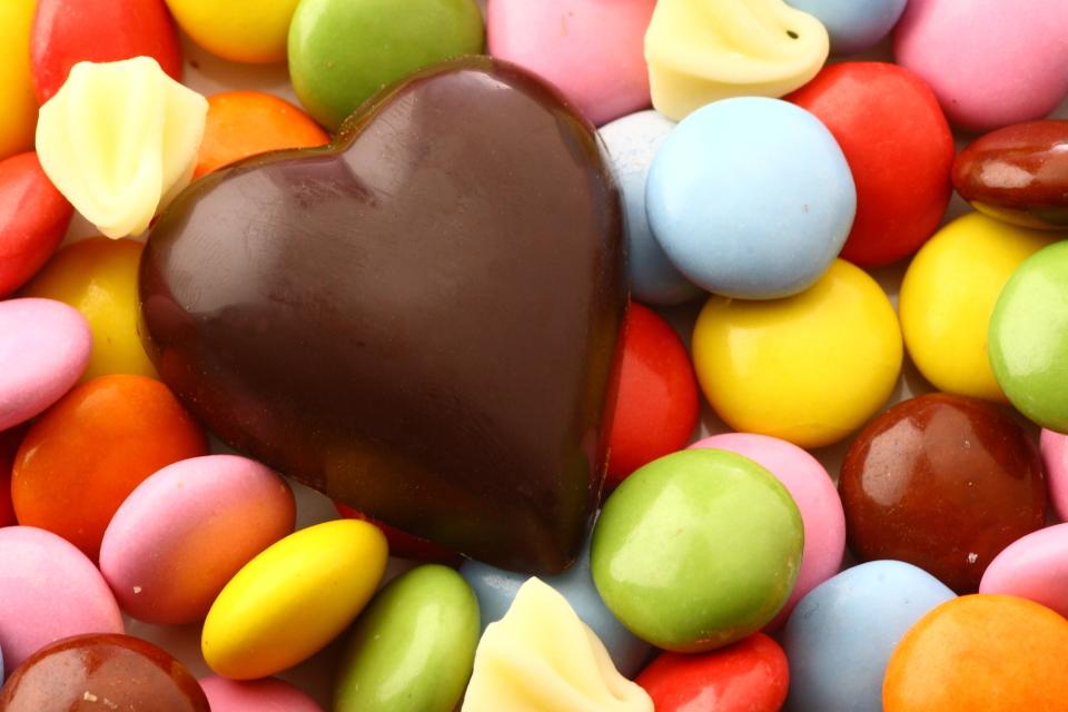 【バレンタイン】上司に渡す義理チョコの相場、おすすめのチョコ&渡す際のマナー 1番目の画像