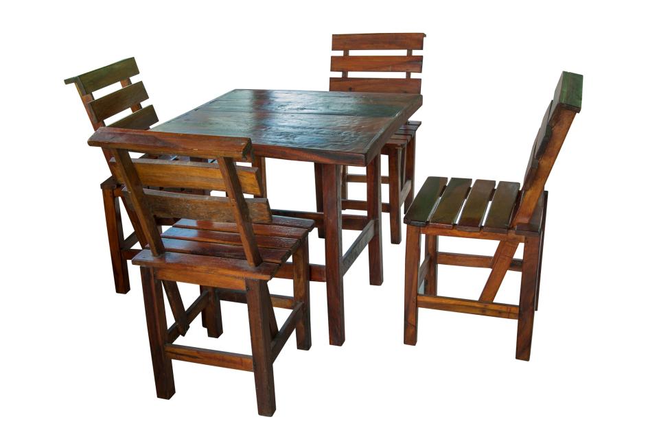 """ダイニングテーブルのDIYは難しくない!天板と脚をひと工夫して""""オンリーワンの家具""""に 7番目の画像"""