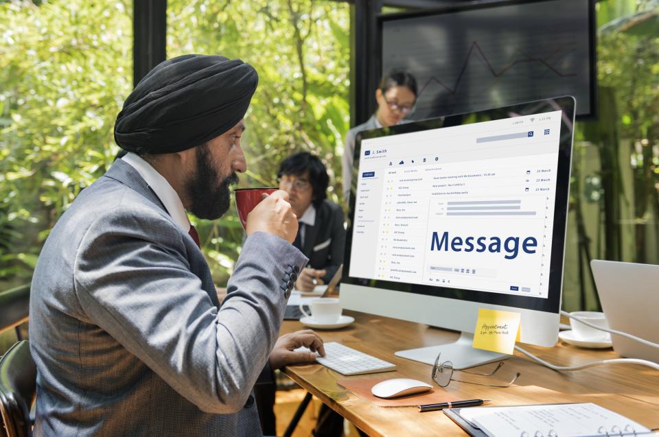 英語のビジネスメールで気をつけたい「改行」のポイント 2番目の画像