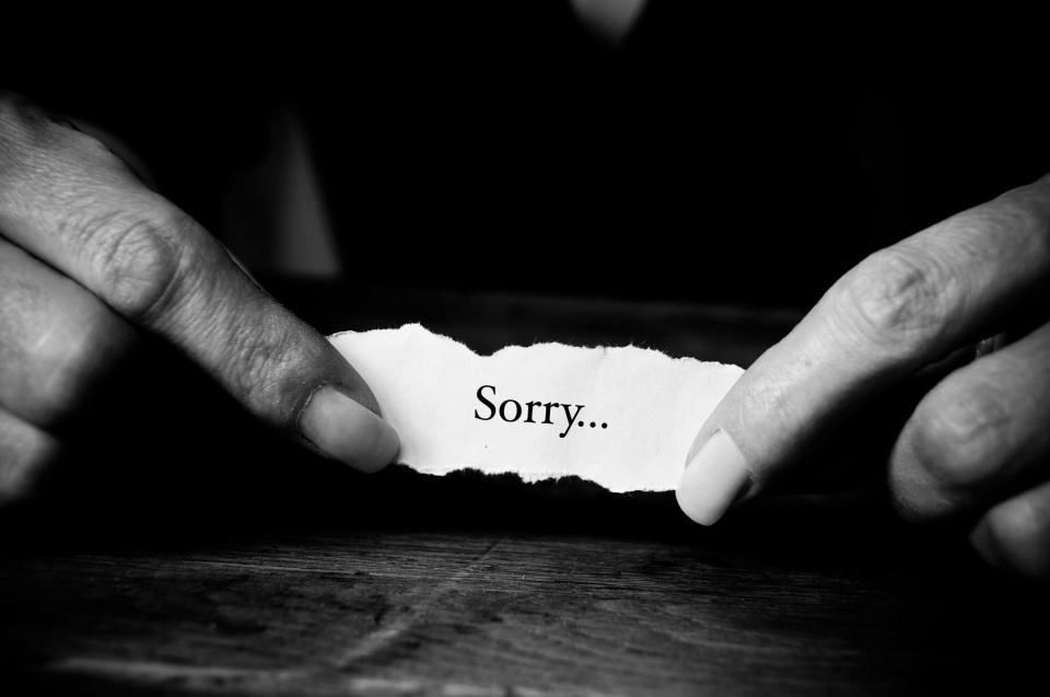 書類と一緒に名刺を送付するときのマナー&名刺を渡せなかったときに送付する「お詫び状」の書き方 4番目の画像