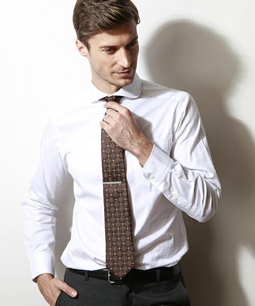 ネクタイの色に迷ったら、この色を身につけよう! 6番目の画像