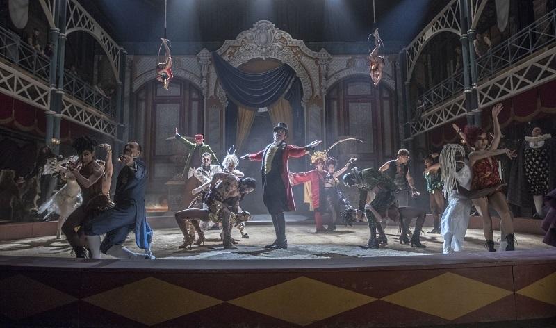 ヒュー・ジャックマンが来日して熱くPRしたミュージカル映画「グレイテスト・ショーマン」 2番目の画像