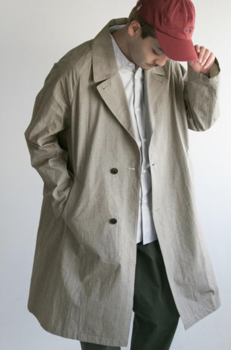メンズスプリングコートの着こなし&着回せるコートを選ぶコツ【ビジネス兼用】 1番目の画像