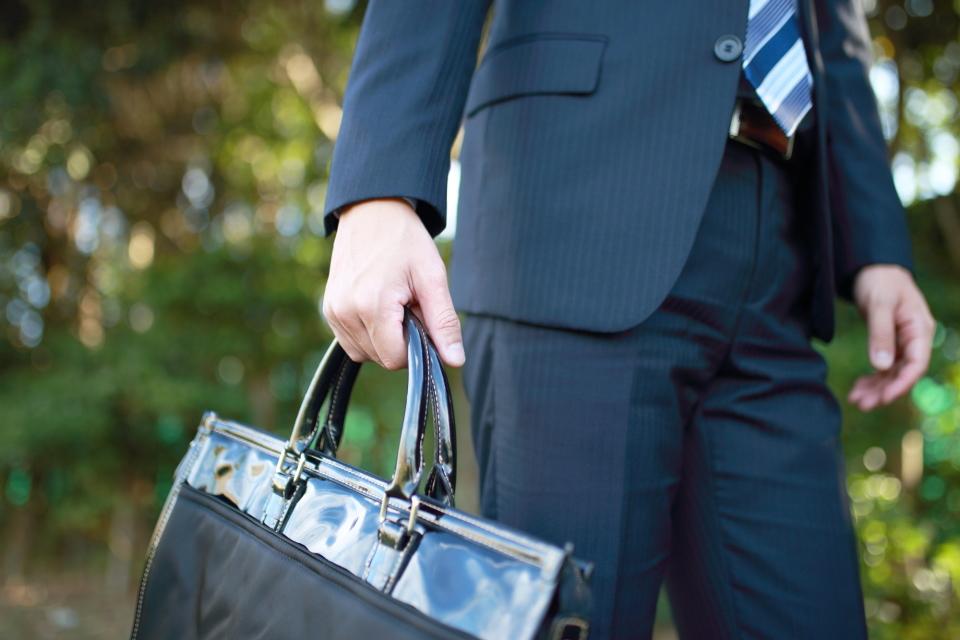 理想のビジネスバッグは「使用シーン」で選ぶ。人気メンズバッグブランド12選 1番目の画像