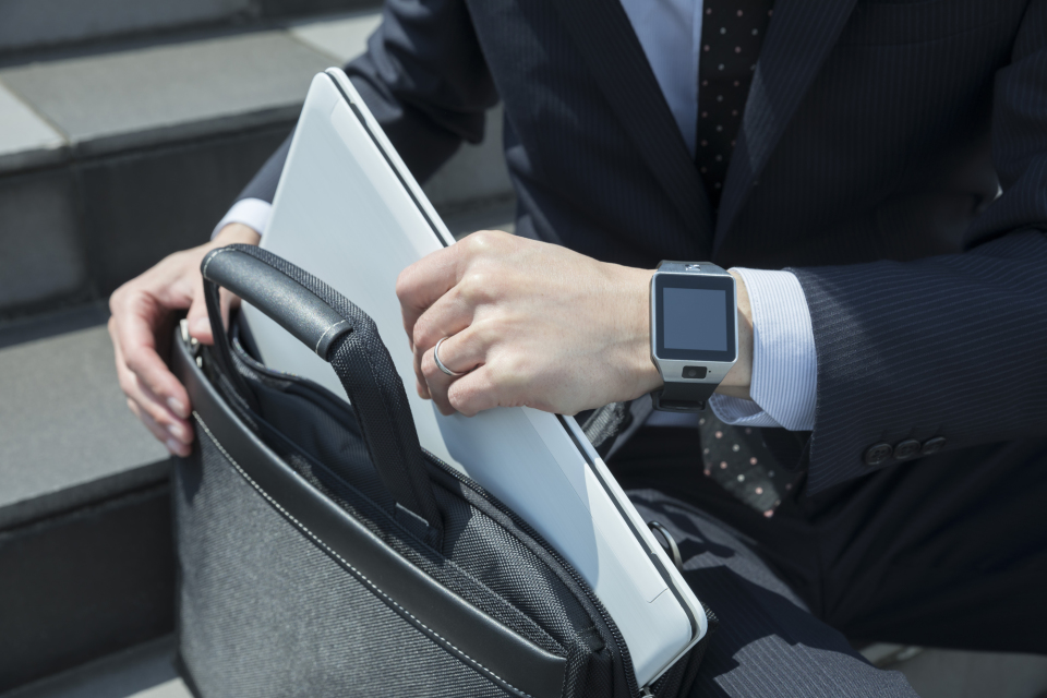 理想のビジネスバッグは「使用シーン」で選ぶ。人気メンズバッグブランド12選 2番目の画像