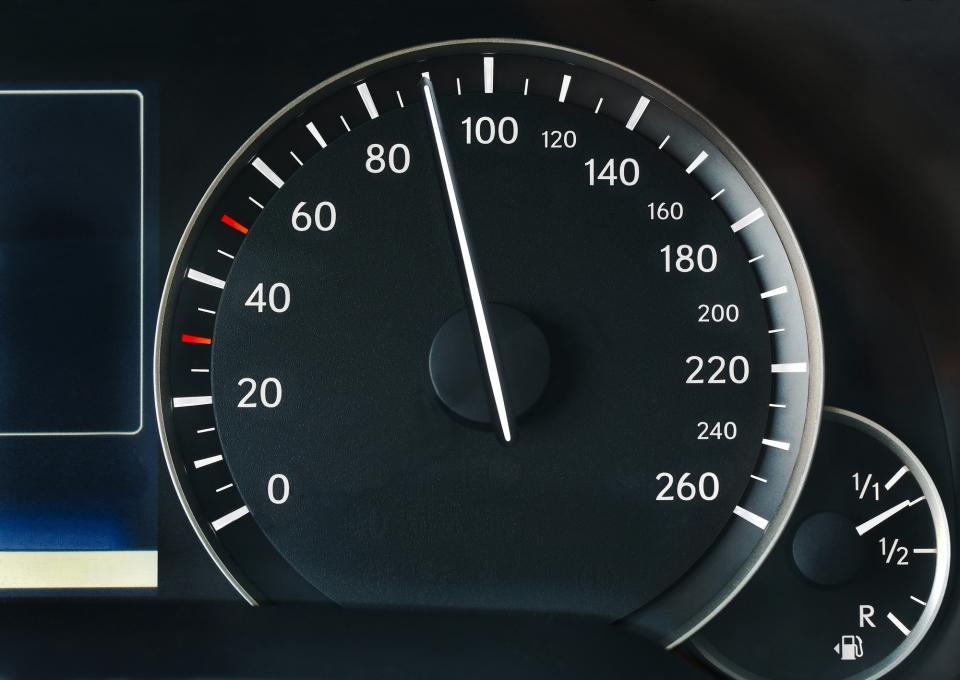 軽自動車で高速道路は走れる?最高速度はどれくらい?:高速道路を軽自動車で走るときの基礎知識 2番目の画像