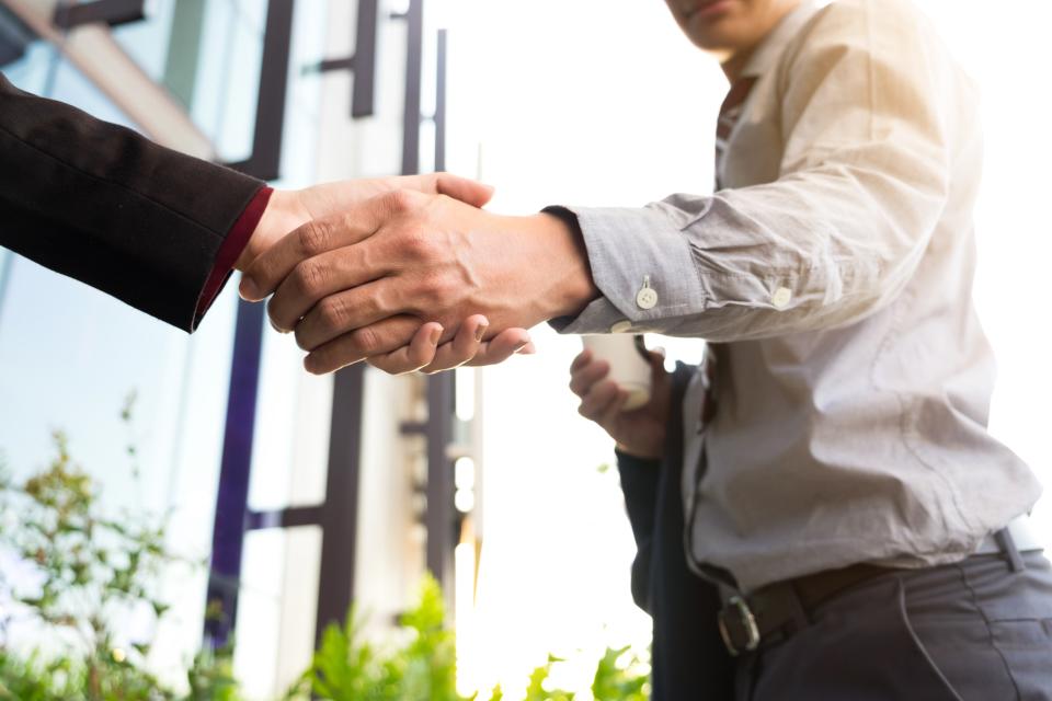 【お礼メールの書き方】資料請求のメールから顧客とよい関係を築き上げるためのテクニック 1番目の画像