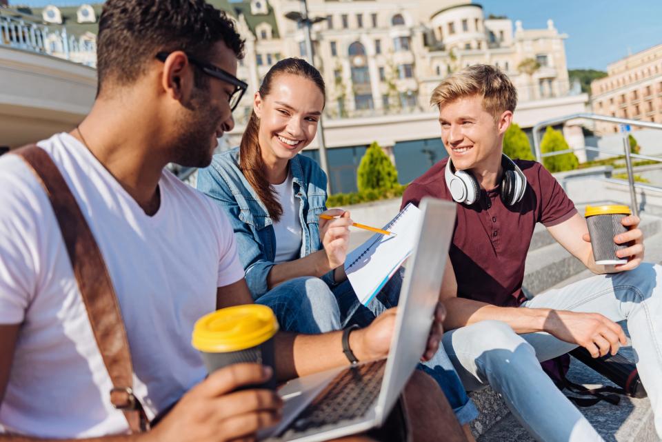 社会人からの留学でキャリアアップ!留学に必要な知識とポイントを徹底解説 2番目の画像