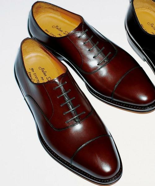 常識ある営業マンが履いている靴の色 3番目の画像