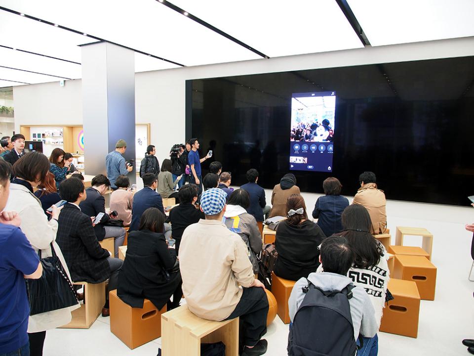 石野純也のモバイル活用術:オープン直前!Apple新宿の全貌をいち早くレポート 3番目の画像