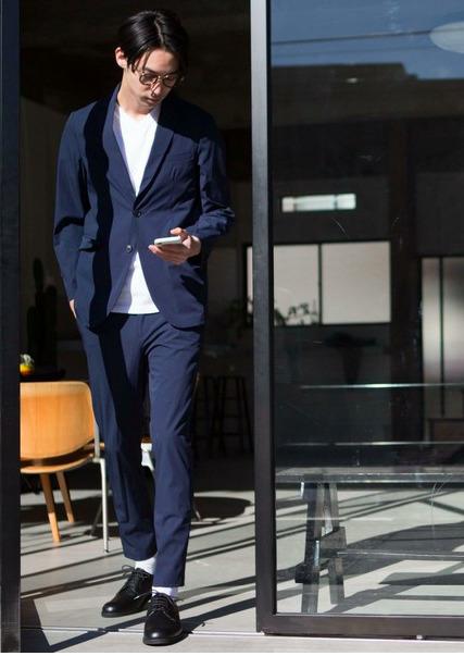 オンオフ使える大人の定番「セットアップ」:厳選5ブランドのおすすめアイテム&着こなし術 3番目の画像