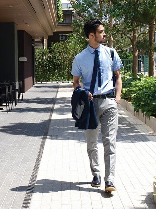 ネクタイなしはNG?スーツ×ネクタイ&ノーネクタイの基本マナー 3番目の画像