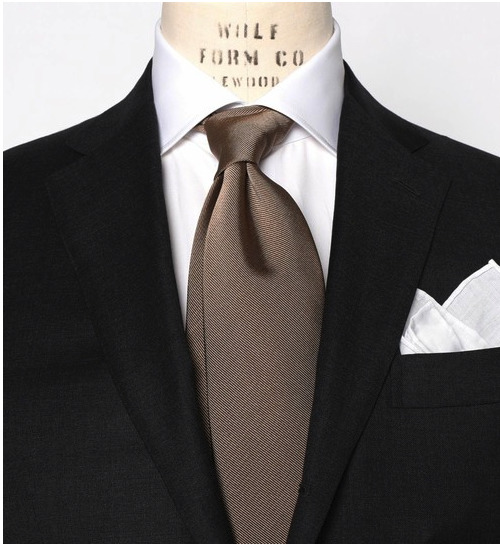 ネクタイなしはNG?スーツ×ネクタイ&ノーネクタイの基本マナー 9番目の画像