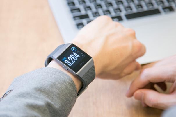 """睡眠の""""質""""がわかる注目デバイス「Fitbit」と快眠サポート成分入りドリンクで自分の睡眠と向き合ってみた 3番目の画像"""