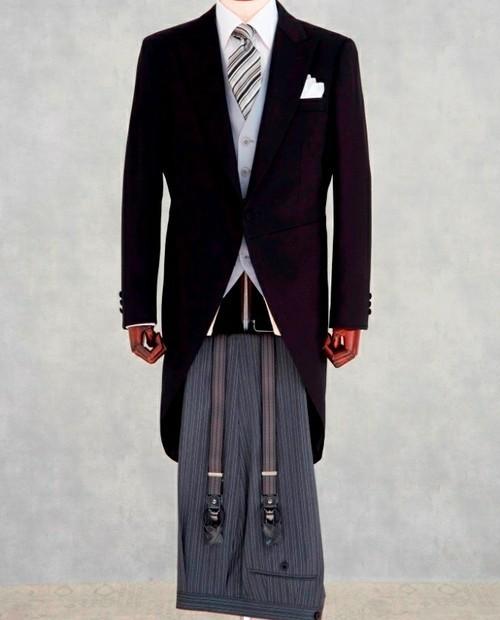 結婚式にNGなスーツって?男性ゲストの結婚式服装マナー&王道スーツコーデ 7番目の画像