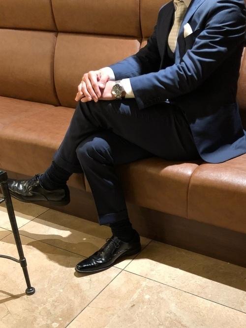 結婚式にNGなスーツって?男性ゲストの結婚式服装マナー&王道スーツコーデ 8番目の画像