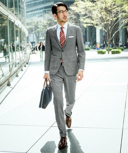 【夏用スーツの選び方】猛暑を快適にする生地&夏用スーツおすすめ10選 1番目の画像