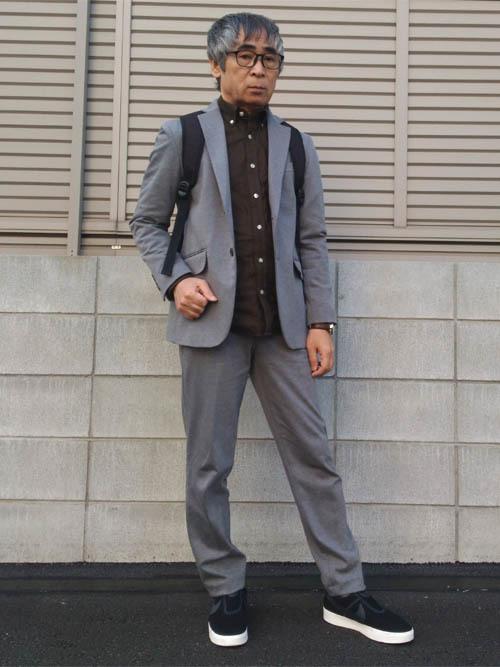 スーツにスニーカーはあり?なし? お洒落なスーツ×スニーカーコーデ&スニーカー3選 24番目の画像