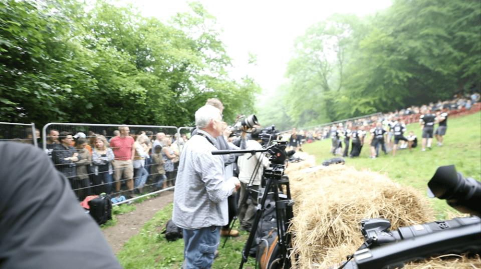 就職せずに世界一周の旅に出た男がイギリス「チーズ転がし祭り」で感じたこと 14番目の画像