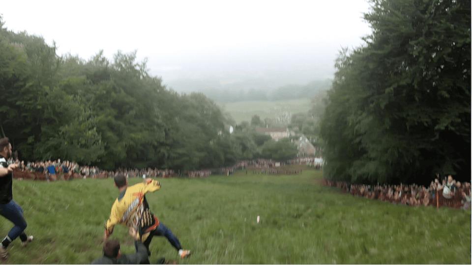 就職せずに世界一周の旅に出た男がイギリス「チーズ転がし祭り」で感じたこと 21番目の画像