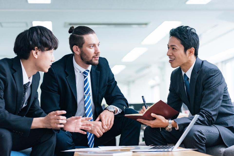 【海外就労も視野に】社会人が留学のために休職できる期間 1番目の画像