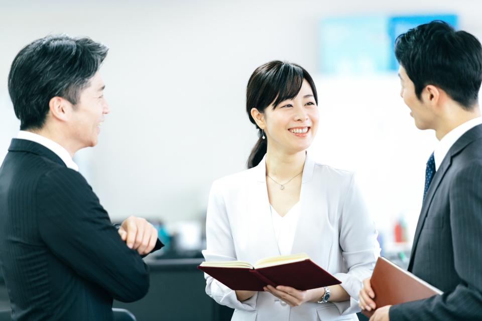 3年離職率は3割強、新入社員を3年育てるには1,500万円:新人を辞めさせない先輩社員の心得とは 1番目の画像