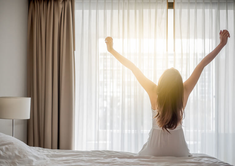 朝目覚めたとき約8割の人が睡眠不足!? もっとも睡眠への満足度が低いのは30代 1番目の画像