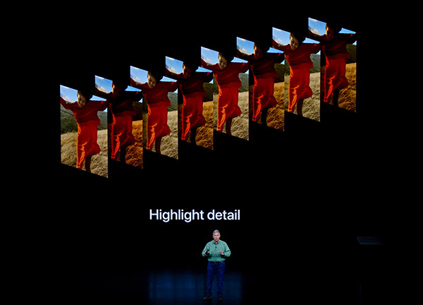 西田宗千佳のトレンドノート:最新スマホの「カメラ」が示す、「スマホの先にある未来」 4番目の画像