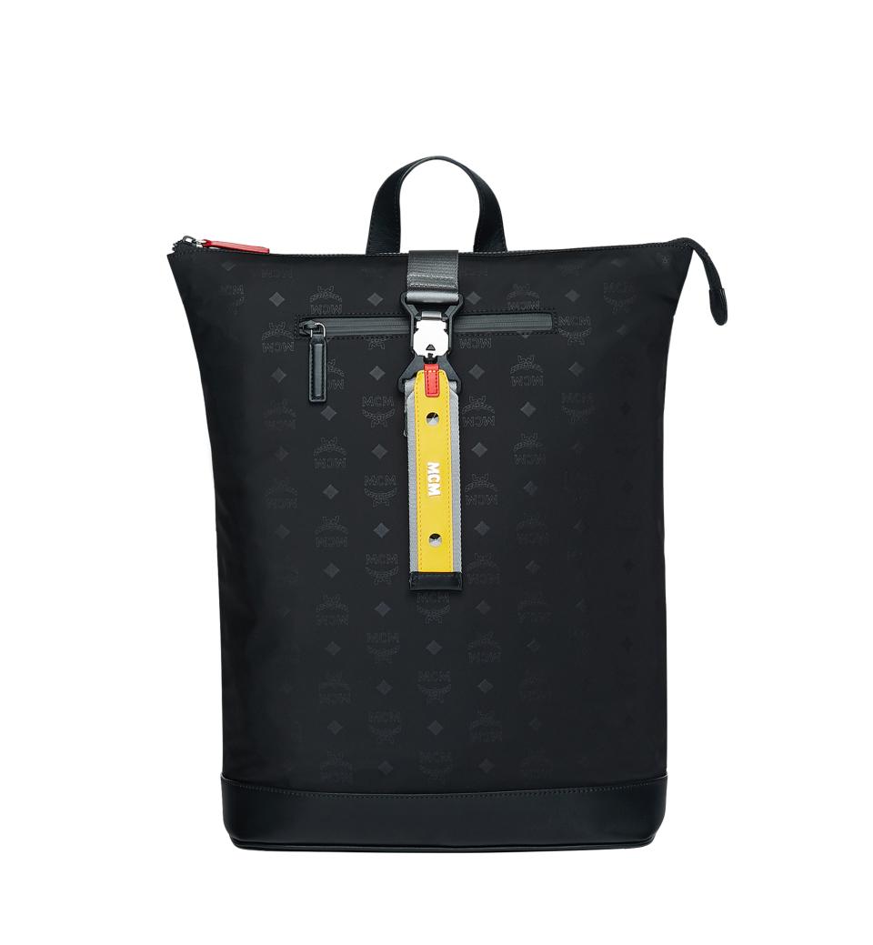誰よりも早く春の通勤バッグをチェック!  「MCM」の2019年春夏コレクションを体感しに、伊勢丹新宿店本館にポップアップストアへ 2番目の画像