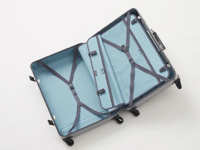 出張の相棒に。ワンタッチで止まる&開けられる国産スーツケースが登場 4番目の画像