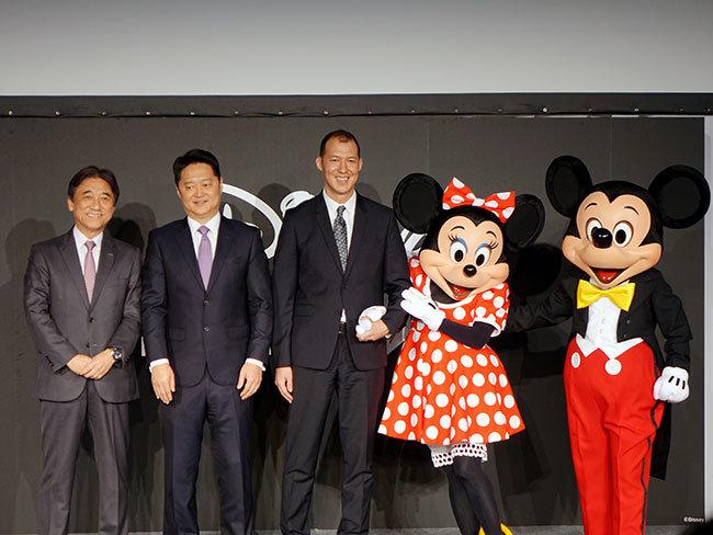 石野純也のモバイル活用術:ドコモとディズニーがタッグを組む狙いとは 1番目の画像