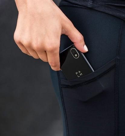 世界初!カードサイズの小さな小さなSIMフリースマートフォンが+Styleから登場。Androidの「Palm Phone」、4月24日より発売開始 3番目の画像