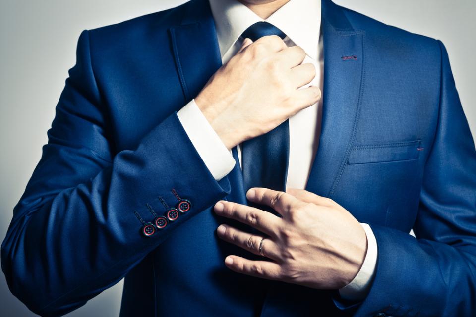 ネクタイの色と柄の選び方|「色の知識」と「なりたい印象」でイメージアップを狙おう 1番目の画像
