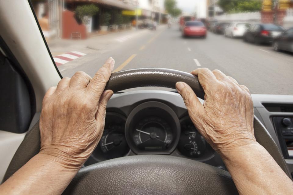 「衝突防止安全装置・モービルアイ」、高齢ドライバーの運転習慣を劇的に改善し、追突事故ゼロを実現 1番目の画像