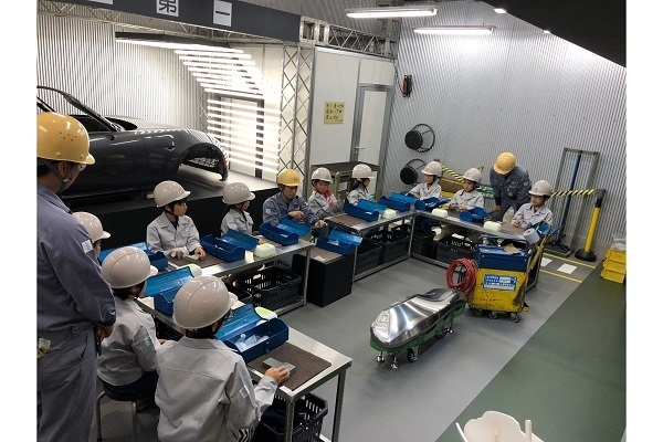 渋すぎる職業体験「金型磨き」が話題、マツダがクルマ作りに込める熱いこだわりを聞いた 2番目の画像
