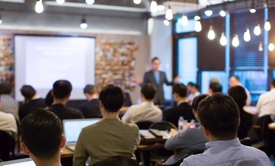 「くずし字」をAIで読み解く最新技術!「日本文化とAIシンポジウム2019」が開催 1番目の画像