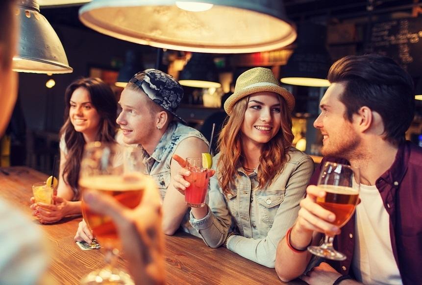ノンアルコール飲料しか出さないバーがアメリカで流行の兆し 健康志向を反映 1番目の画像