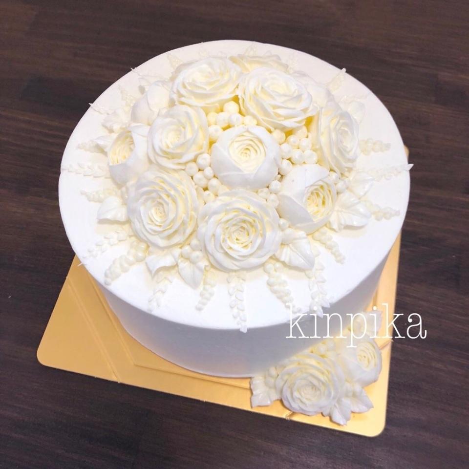 長野のオーダーケーキ専門店が生んだ純白フラワーケーキが話題 製作者が大切にする想いとは 5番目の画像