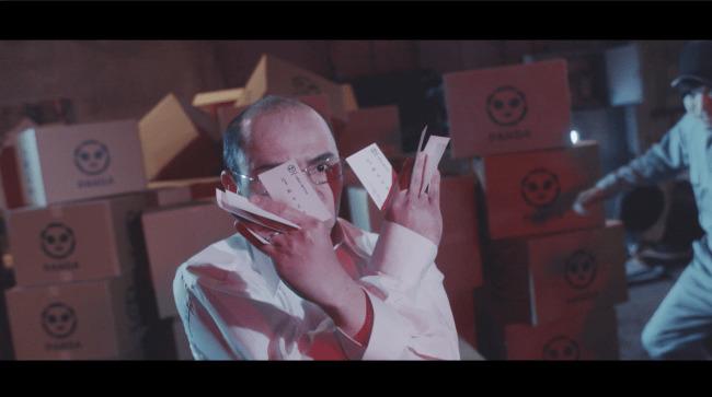 特許庁がカンフー動画「商標拳」を公開!おじさん社長がパクリ社長を吹っ飛ばす痛快コメディで商標登録を促す 7番目の画像