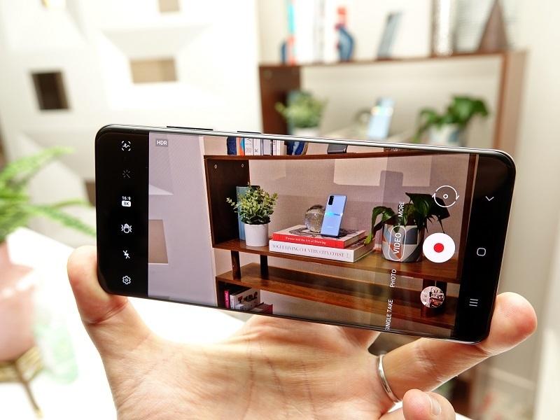 5Gを生かすサムスン「Galaxy S20」シリーズ&縦折りスマホ「Galaxy Z Flip」の強みとは【石野純也のモバイル活用術】 4番目の画像