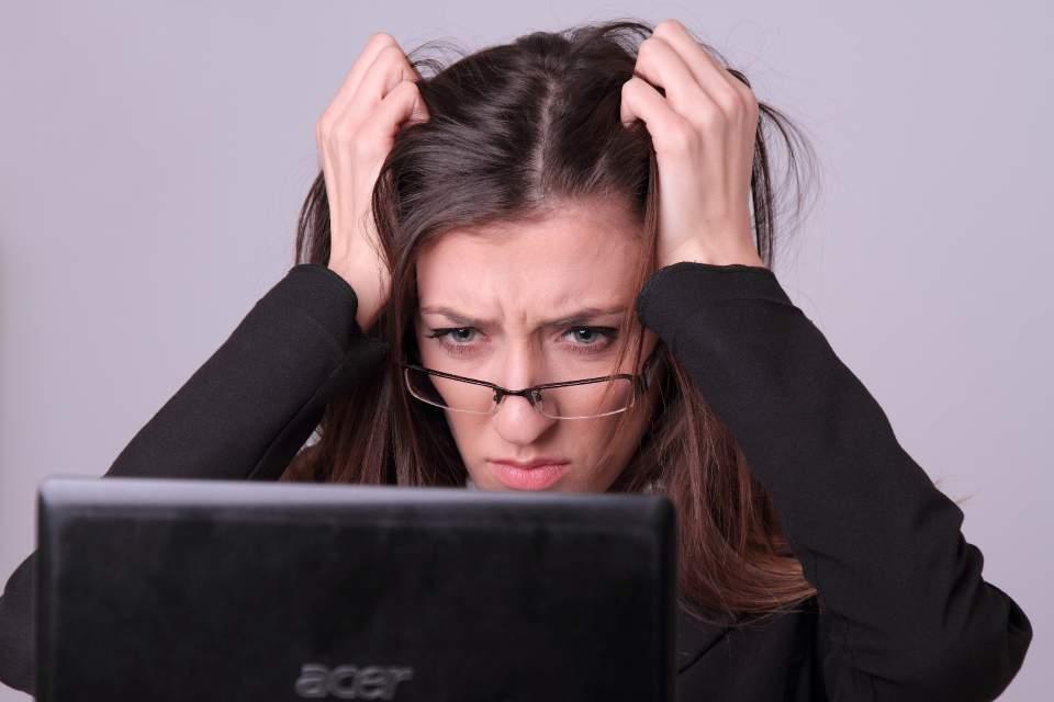 【スメハラ対策大全集】職場で「この人クサい…」と言われないための簡単テクニック 2番目の画像