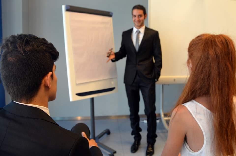「こんな会社で働いてみたい!」と思わず感じる企業の社内表彰制度4選 2番目の画像