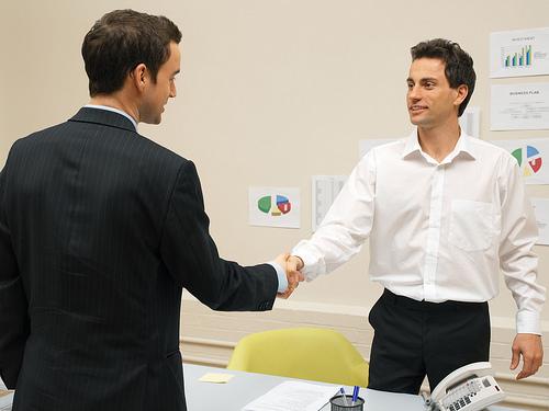 上司へ仕事の進捗を報告するときのコツ【ミスした時の対策を考えた上で報告する】 1番目の画像
