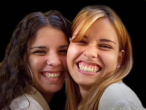 【笑顔は万能薬】面接で「笑顔」が大切とされている理由 1番目の画像