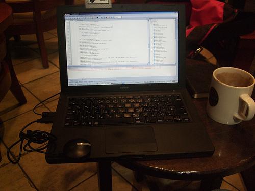 ビジネスシーンで需要の高い2つのプログラミング言語 1番目の画像