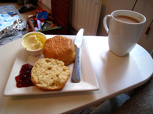 知ってた?仕事前の朝食にプラスするだけで頭がバツグンにさえる食品4選 1番目の画像